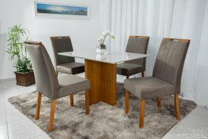 Mesa de Jantar Camile Mel Tampo MDF e Vidro Off 120X80 com 4 Cadeiras de Madeira Bia 03 Marrom 05 no Rio de Janeiro