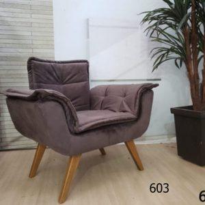 poltrona-decorativa-opala-marrom-603-ambiente